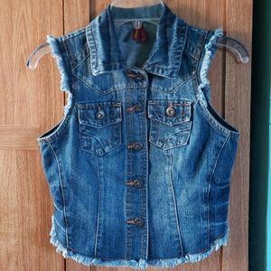 Jean Vest, Fringed & Distressed szS